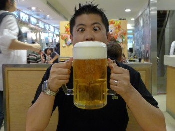 extra large Taiwan beer
