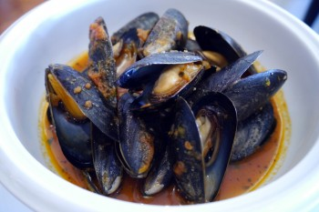 Norwoods - Local Gallo Mussels in Piquant Tomato Sauce