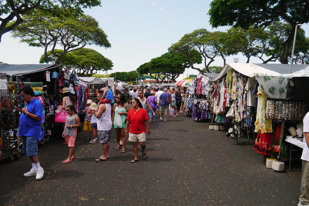 aloha stadium swap meet oahu hours