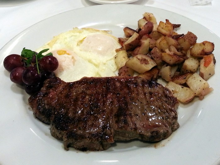 steak-&-eggs