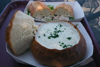 Boudin clam chowder
