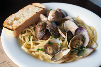 Appetito---Linguine-and-Clams