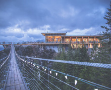 Sea to Sky gondola bridge
