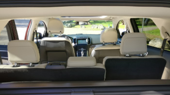 ford-edge-interior