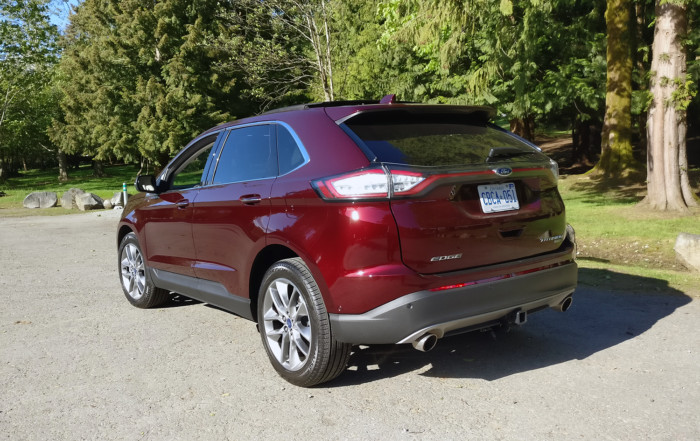 ford-edge-rear